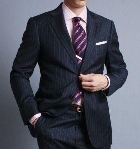 suit-pinkshirt-tie